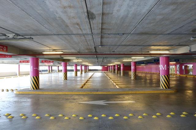 Veilig parkeren op Eindhoven airport