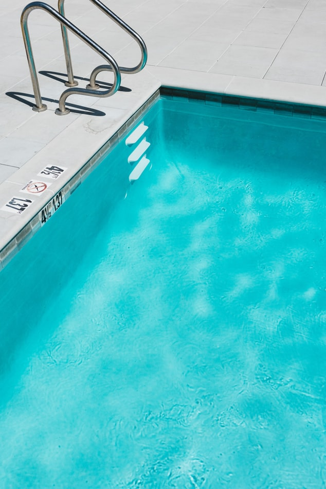 Zwembad onderhouden: waar moet je op letten?