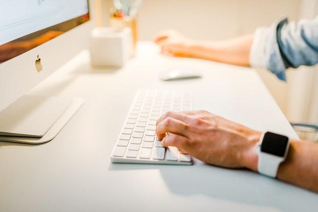 Hoe kan ik de online vindbaarheid van mijn bedrijf vergroten?