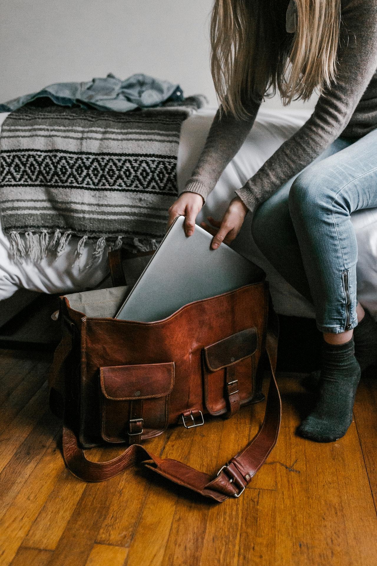 Waar houd je rekening mee bij het aanschaffen van een laptoptas?